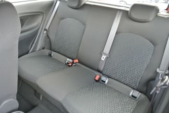 Vauxhall Corsa 1.4i Sting 3dr image 8 thumbnail