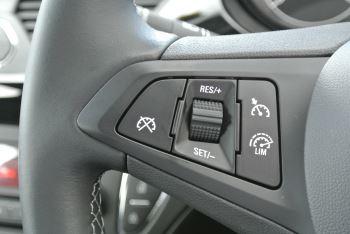 Vauxhall Corsa 1.4i Sting 3dr image 12 thumbnail
