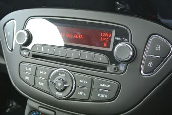 Vauxhall Corsa 1.4i Sting 3dr image 14 thumbnail