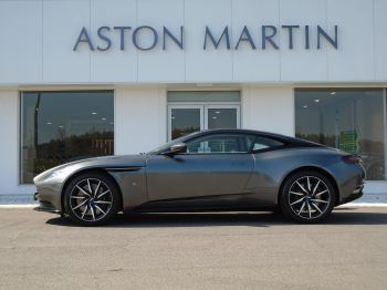 aston martin db11 coupe 5 2 automatic 2 door 2017 bk66swx in stock used aston martin. Black Bedroom Furniture Sets. Home Design Ideas