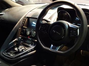 Jaguar F-TYPE 2.0 Turbocharged R-Dynamic 2dr Auto 300PS  image 15 thumbnail