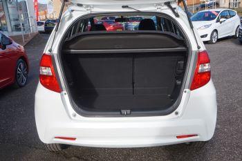 Honda Jazz 1.4 i-VTEC ES Plus 5dr image 4 thumbnail