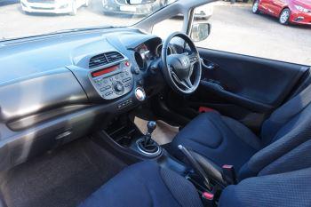 Honda Jazz 1.4 i-VTEC ES Plus 5dr image 7 thumbnail