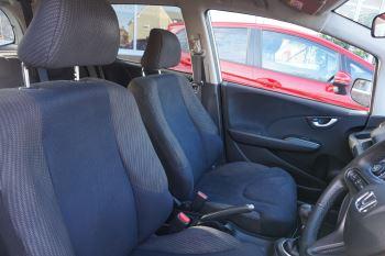 Honda Jazz 1.4 i-VTEC ES Plus 5dr image 17 thumbnail