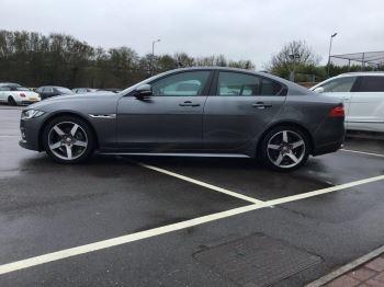 Jaguar XE 2.0d [180] R-Sport image 2 thumbnail