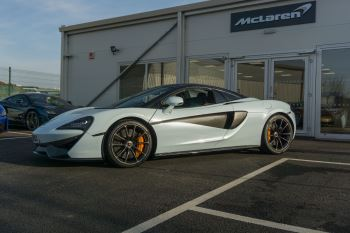 McLaren 570S Spider MSO LAUNCH EDITION image 3 thumbnail
