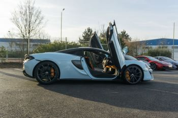 McLaren 570S Spider MSO LAUNCH EDITION image 12 thumbnail