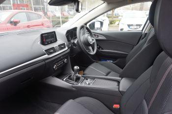 Mazda 3 2.0 SE-L Nav 5dr image 8 thumbnail