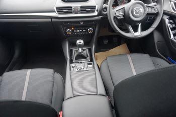 Mazda 3 2.0 SE-L Nav 5dr image 13 thumbnail