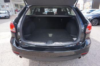 Mazda 6 Tourer 2.2d SE Nav 5dr image 6 thumbnail