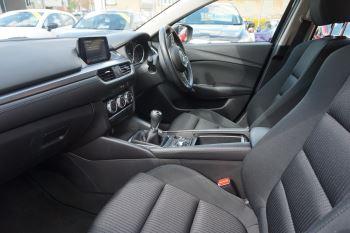 Mazda 6 Tourer 2.2d SE Nav 5dr image 8 thumbnail