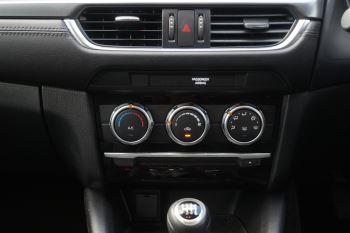Mazda 6 Tourer 2.2d SE Nav 5dr image 11 thumbnail