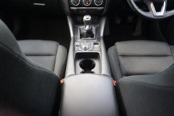 Mazda 6 Tourer 2.2d SE Nav 5dr image 13 thumbnail