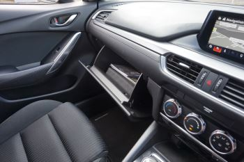 Mazda 6 Tourer 2.2d SE Nav 5dr image 19 thumbnail