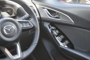 Mazda 3 2.2d SE-L Nav 5dr image 13 thumbnail