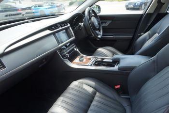 Jaguar XF 2.0d [180] Portfolio image 8 thumbnail