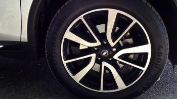 Nissan X-Trail 1.6 dCi Tekna 5dr Xtronic image 2 thumbnail
