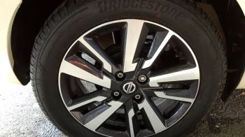 Nissan Micra 0.9 IG-T Acenta 5dr image 2 thumbnail