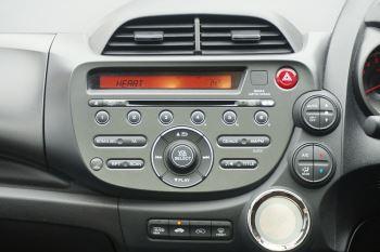 Honda Jazz 1.4 i-VTEC EX CVT image 10 thumbnail