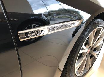 Jaguar XJ 3.0d V6 Portfolio image 8 thumbnail