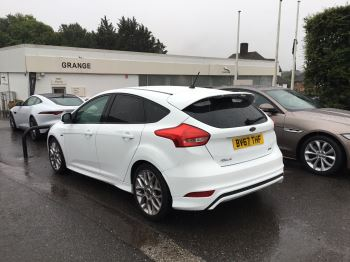 Ford Focus 1.0 EcoBoost 125 ST-Line 5dr image 6 thumbnail