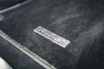 McLaren 720S Performance V8 Coupe SSG image 32 thumbnail