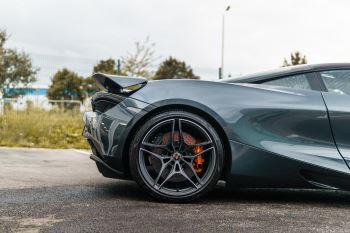 McLaren 720S Performance V8 Coupe SSG image 77 thumbnail