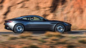 Aston Martin DB11 V12 with 5 years free servicing* image 7 thumbnail
