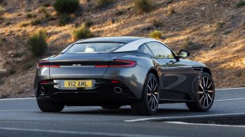 Aston Martin DB11 V12 with 5 years free servicing* image 11 thumbnail