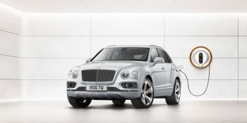 Bentley Bentayga Hybrid -  Bentley's first luxury hybrid image 1 thumbnail