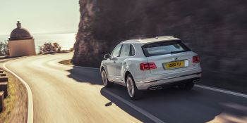 Bentley Bentayga Hybrid -  Bentley's first luxury hybrid image 8 thumbnail