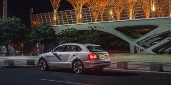 Bentley Bentayga Hybrid -  Bentley's first luxury hybrid image 20 thumbnail