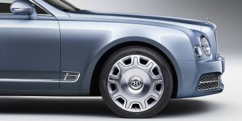 Bentley Mulsanne - Understated elegance and phenomenal power image 8 thumbnail
