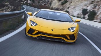 Lamborghini Aventador S Coupe - The Icon Reborn image 6 thumbnail
