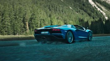 Lamborghini Aventador S Roadster - The Open Top Icon image 3 thumbnail