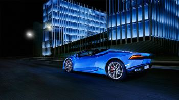 Lamborghini Huracan AWD Spyder - Inspiring Technology image 8 thumbnail