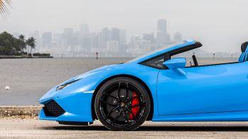 Lamborghini Huracan AWD Spyder - Inspiring Technology image 13 thumbnail