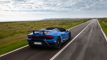 Lamborghini Huracan Performante Spyder - Vivid Technology image 4 thumbnail