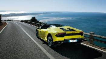 Lamborghini Huracan RWD Spyder - Breathtaking Technology image 4 thumbnail