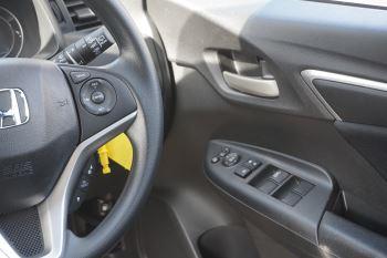 Honda Jazz 1.3 SE 5dr image 15 thumbnail