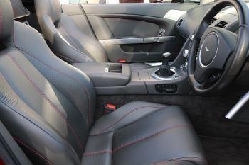 Aston Martin V8 Vantage Roadster 2dr [420] image 13 thumbnail