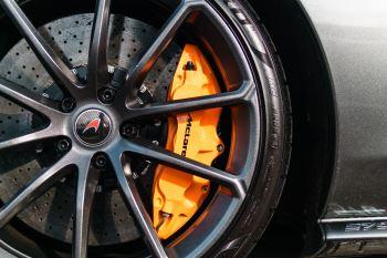 McLaren 570S Spider V8 2dr SSG image 34 thumbnail