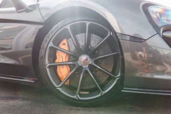 McLaren 570S Spider V8 2dr SSG image 46 thumbnail