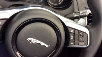 Jaguar F-TYPE 3.0 [380] Supercharged V6 R-Dynamic 2dr image 12 thumbnail