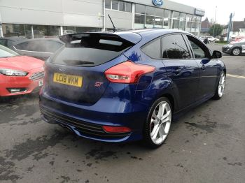 Ford Focus ST St-3 Turbo image 6 thumbnail