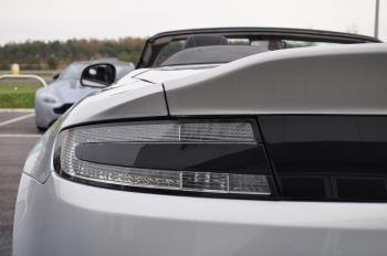 Aston Martin V12 Vantage S S 2dr Sportshift III image 13 thumbnail