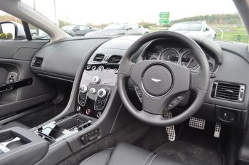 Aston Martin V12 Vantage S S 2dr Sportshift III image 17 thumbnail
