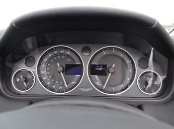 Aston Martin V12 Vantage S S 2dr Sportshift III image 20 thumbnail