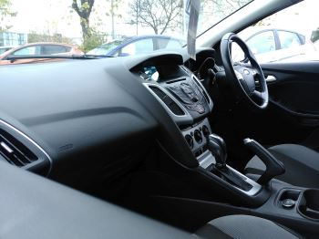 Ford Focus 2.0 TDCi 163 Zetec S 5dr Powershift image 13 thumbnail