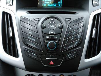 Ford Focus 2.0 TDCi 163 Zetec S 5dr Powershift image 16 thumbnail